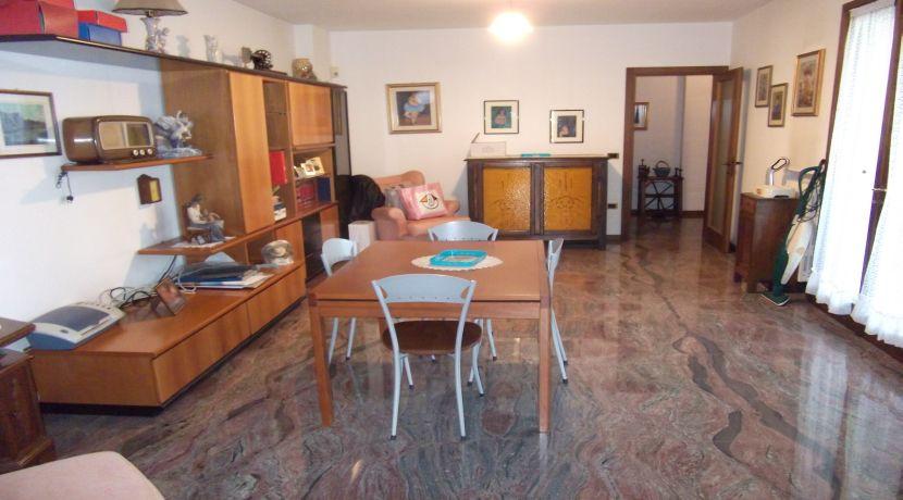 Porzione di Villa Bifamiliare zona residenziale Castel San Pietro Terme