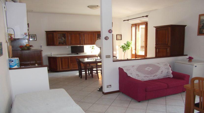 Appartamento centrale 5 locali  Castel San Pietro T.