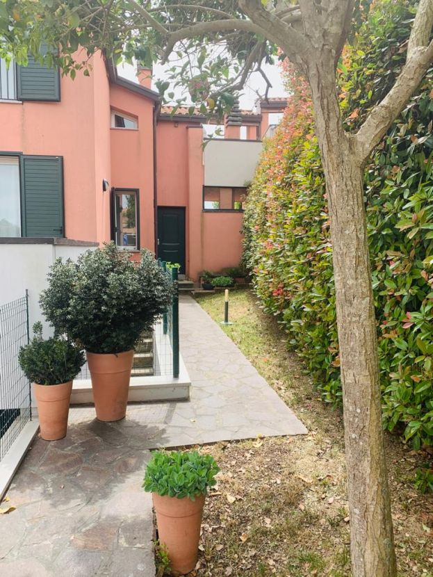 Porzione di Villetta in piccola schiera Castel San Pietro Terme